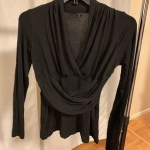 Flattering fit black long sleeve top